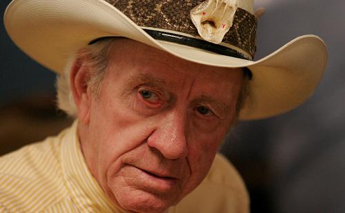 Amarillo Slim fallece a los 83 años de edad  32bd7bf5412