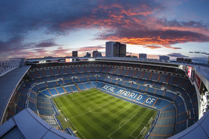 La Oportunidad De Una Vida Juega Al Fútbol En El Bernabéu Con Bwin Es Poker Red