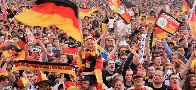 Los alemanes agolpados a las puertas de la plataforma .EU