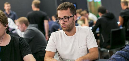 Mario Sánchez gana el Sunday Major de Full Tilt Poker - 14997874912_c96d4da656_b.jpg