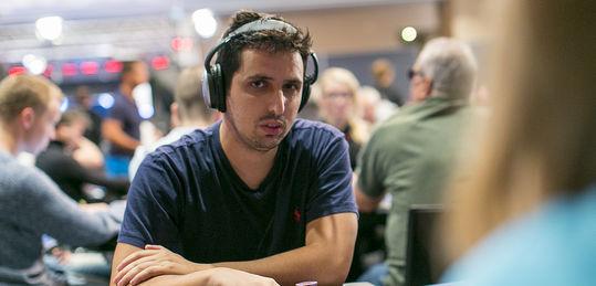 Sergio Aido se pone al frente de los seis españoles camino a los premios en el Venetian - 14998240585_2c3d7494aa_b.jpg