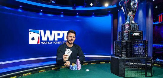 Darren Elias hace historia ganando su cuarto título del World Poker Tour - 42266738862_61c18889f2_c.jpg