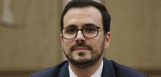 Garzón endurece las restricciones publicitarias en el borrador de la nueva Ley de publicidad del juego - 5ec2a5d8300000d31b156327.jpeg