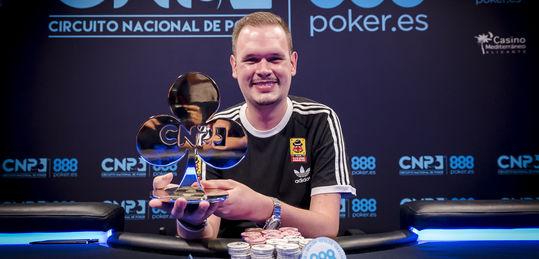 ¡Víctor Jiménez, campeón del Evento Principal del CNP888 Malaga!