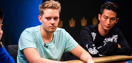 Pauli Äyräs acusa a Linus Loeliger de hacer trampas - D50j1PJXkAcpCfP.jpg