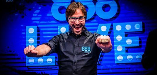 Martí Roca gana el séptimo brazalete para el poker español - DOUIimAWkAAQmWR.jpg