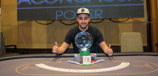Emilio Navarro consigue una gesta histórica ganando dos etapas de las Golden Poker Series en la misma temporada - DSC_0041-2.JPG