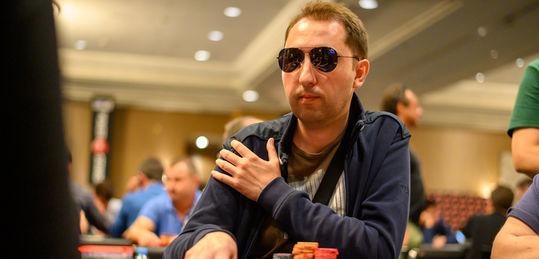 Marius Rusu termina como chip leader del día 1B - DSC_1271.jpg