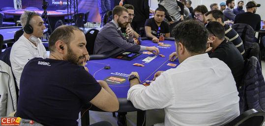 La lucha por el campeonato de España está en la mesa 7