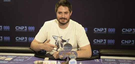 Carlos Sáez gana el CNP888 Madrid tras pactar con Adrià Colomina
