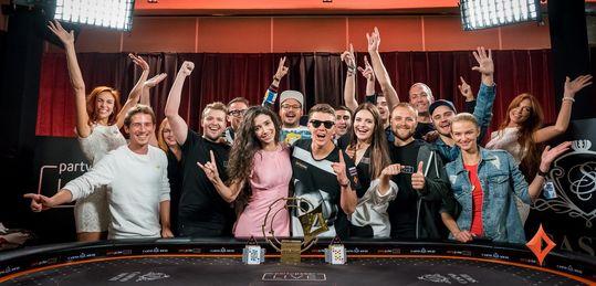 Anatoly Filatov triunfa doblemente en casa: el Team Pro gana el partypoker LIVE MILLIONS Rusia - Dkgz00PXoAAX-AO.jpg