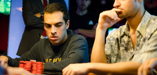 Un bad beat brutal conforma la mesa final. Adrian Chabbi 10º - 2.330€