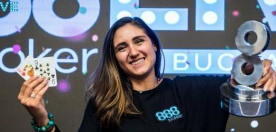 Ana Márquez, invitada de lujo del programa 103 de Radio Marca - ana-marquez-poker32.jpg