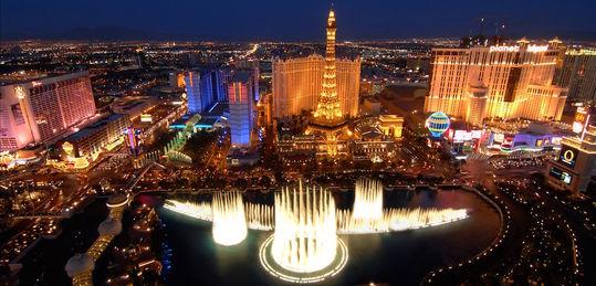 Guía imprescindible de torneos en Las Vegas Versión 2.0 - lasvegasluna1.jpg