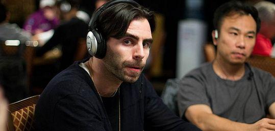 Olivier Busquet revisita el concepto de embajador del poker - livbusquet_con_ganas_de_bulla.jpg