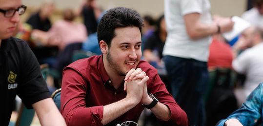 Adrián pasa al día 2 del $100k SHR del Aria con 1.905.120$ on top - m709326d314.jpg