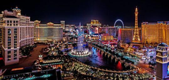 Las Vegas prepara su reapertura total de cara al verano - shutterstock_1456957640-scaled.jpg