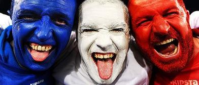 Grinders franceses festejando que el poker no está rigged.