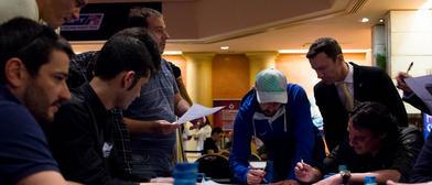 Busca los cinco finalistas españoles del ESPT que hay escondidos en esta foto
