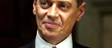 Nucky, satisfecho por la votación de la Asamblea. / HBO