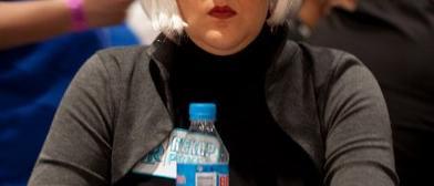 """Laura Cantero, """"blondie"""" para los americanos, en el EPT Gran Final Madrid."""
